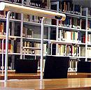 Historicum Bibliothek (Bild dustpuppy/flickr, bearb MSchmidt)